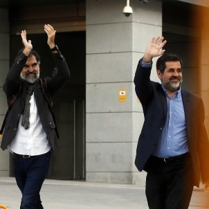 Catalan activists Cuixart and Sànchez, free to leave prison during the day
