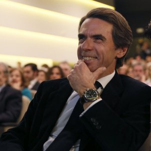 Former Spanish PM attacks independence movement again, rejects constitutional reform