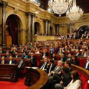 Catalan Parliament's appeal against intervention claims Rajoy couldn't dismiss the government