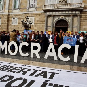 Catalonia again comes to a standstill against the imprisonments and article 155