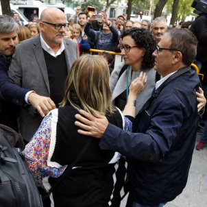 The independence movement's indignation over the imprisonment of Catalan ministers