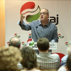 """Basque Nationalist Party puts Rajoy's budget at risk for lack of """"democratic decency"""""""