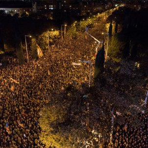 Call for release of political prisoners overflows Barcelona
