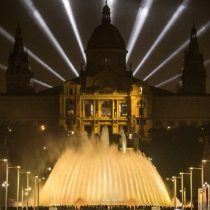 Electoral Commission bans Barcelona from lighting fountains and buildings in yellow