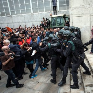 Judge blames local council for damages left by Civil Guard's anti-Puigdemont raid