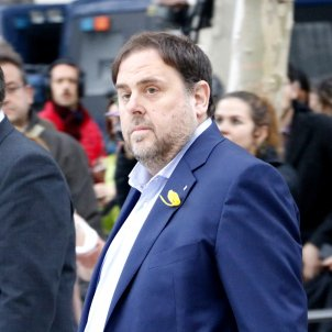 Junqueras tells the BBC there is life beyond Puigdemont