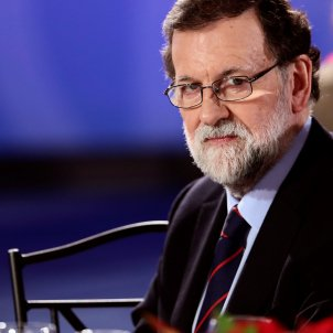 Rajoy brushes aside Puigdemont's proposal to meet