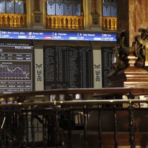 Spanish stock market falls 1.19% after the Catalan election, dragging the Euro with it