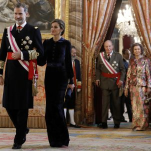 The unprecedented photo of the four Spanish monarchs, but with a marked gap