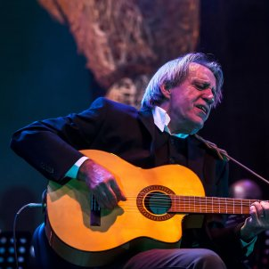 Madrid cancels concert of singer-songwriter censored by Franco