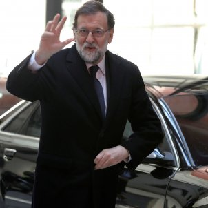 "Rajoy: ""A gentleman who has fled from justice cannot be president of anything"""