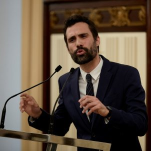 Speaker continuing with plans for Puigdemont investiture debate