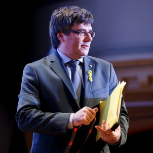 "Puigdemont ""arrested"" by German police after entering from Denmark"