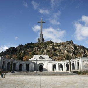 Spanish PM Sánchez postpones ordering Franco's exhumation