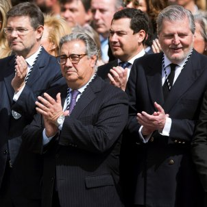 Four Spanish ministers sing 'The bridegroom of death' during Easter parade