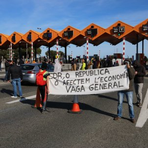Catalan Committees for Defence of the Republic under investigation for rebellion
