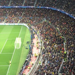 Video: Barça's Camp Nou fills with yellow balloons for the political prisoners