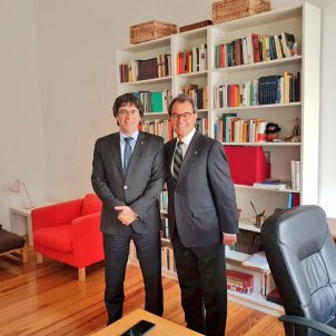 Former president Mas meets Puigdemont in Berlin
