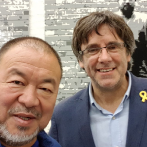Chinese activist Ai Weiwei meets Catalonia's Carles Puigdemont