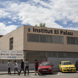 The Catalan school where nine teachers are accused of a hate crime