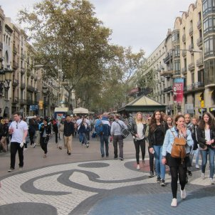 Anti-terrorism patrols in Barcelona to continue till after January 6th