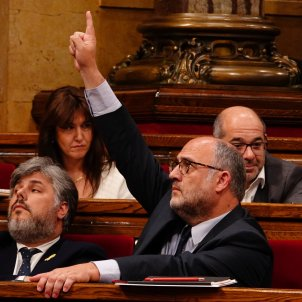 Catalan Parliament approves presidential investiture at a distance despite Rajoy's threat
