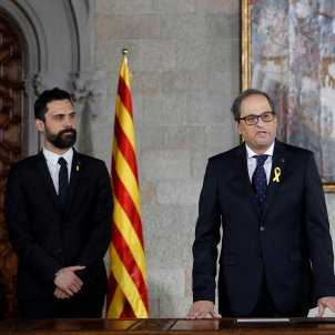 Quim Torra sworn in as Catalan president in simple ceremony to protest repression