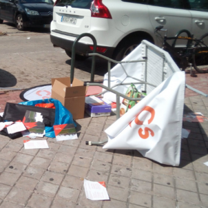 Attack on promotional stand for Ciudadanos party in Madrid