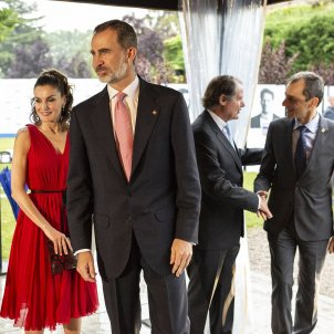 """Spain's king appeals to a Catalonia """"of everyone"""" in a Girona that turns its back"""
