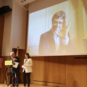 """Puigdemont: """"It's a day to call more strongly than ever for the release of the prisoners"""""""