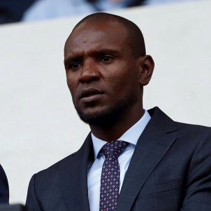 Barça boil-over cools off as club decides that Abidal will continue