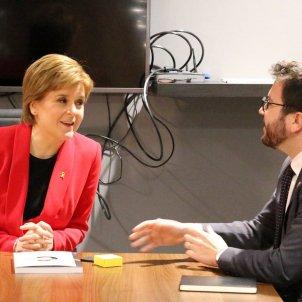 Scotland's Nicola Sturgeon pins on yellow ribbon for Catalan political prisoners