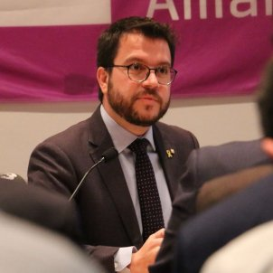 "Catalan VP, in Scotland: ""We'll fight for a binding referendum accepted internationally"""
