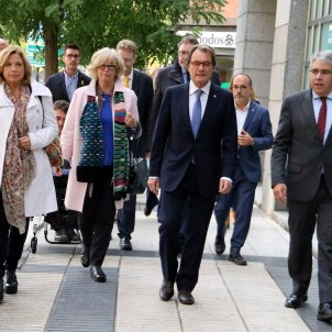 Former Catalan politicians sentenced to pay 4.9 million for 2014 referendum