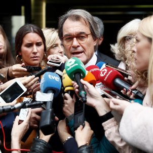 Former Catalan president banned from public office for a year over 2014 vote