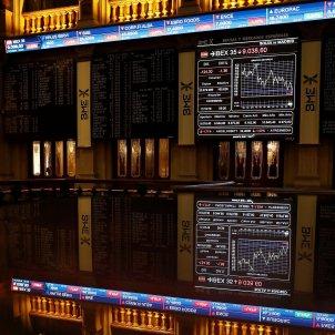Spanish banks slump, dragging down stock market, after court verdict