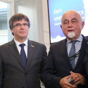 Flanders sees Spain revoking its delegate's diplomatic status as very hostile
