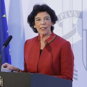 Sánchez to challenge Catalan bill censuring Felipe VI, despite advice not to