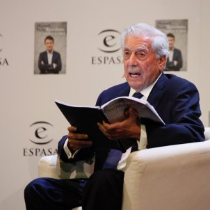 """Vargas Llosa leaves PEN International over """"pro-independence attempted coup d'état"""""""