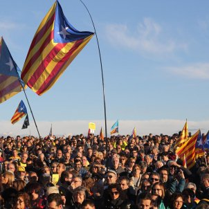 Thousands travel to Catalan prison on anniversary of Junqueras and Forn jailing