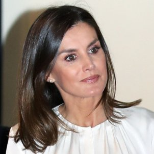 Queen Letizia to have school named after her, but not the street...