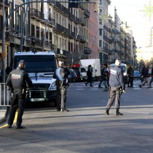 Police reinforce presence in central Barcelona due to Christmas terrorist threat