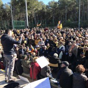 Three hundred voices sing 'Carmina Burana' to jailed Catalan leader Forcadell