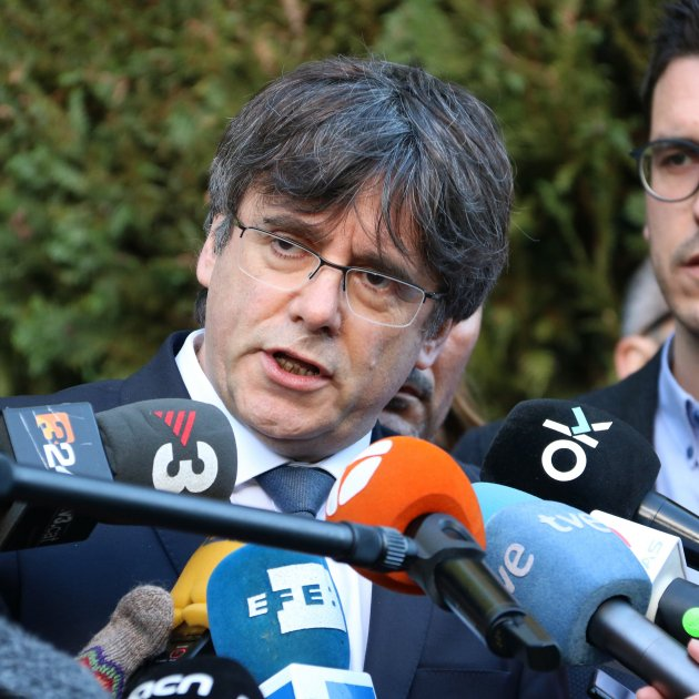 Court reopens case into people with Puigdemont when he was arrested