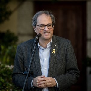 Electoral Commission gives Torra 48 hours to remove yellow loops and 'estelada' flags