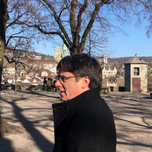 "Puigdemont tells Swiss newspaper: ""A 'de facto' recognition of Catalonia is growing"""