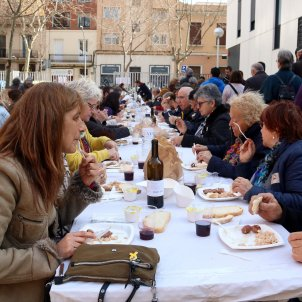 Catalan group Òmnium: membership surges and sausages sizzle in response to trial