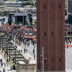 Vox rally in Barcelona: low turnout, high tension