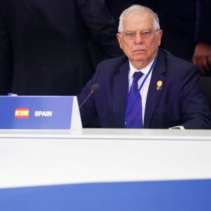 Borrell on the tightrope: his nomination as EU foreign minister at risk