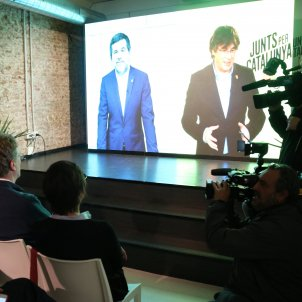 Puigdemont and Sànchez meet again, 553 days later: one in prison, one in exile